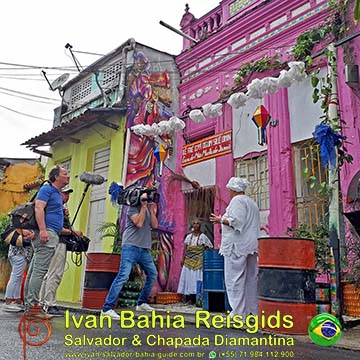 Erica op reis, in Brazilie. Documentaire ter plaatse in Salvador (de oorspronkelijke hoofdstad van Brazilië) georganiseerd door Ivan Bahia Reis Gids, met Nederlandstalige begeleiding. Hashtag : #ivanbahiaguide #ivanbahia #ibg #ibtg #brazilierondreis #braziliereis #braziliereisgids #salvadorgids #salvadorbahiabrazilie #bahiareis #chapadadiamantina #cachoeira #ericaterpstra #ericaopreis #ericaopreisbrazilie @ericaopreis #brazilie