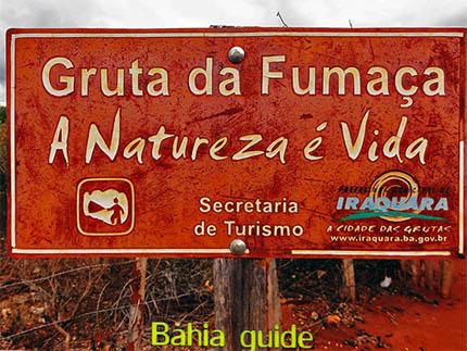 dans la Gruta da Fumaça une grotte sympa avec des formations cristallines inattendues, avec Ivan Salvador & Bahia tour guide touristique d'origine francophone, randonnée, balade & trekking au parc national Chapada Diamantina, mont Morro Pai Inaçio, Recôncavo Baiano, Praia do Forte, transport privé / Brésil