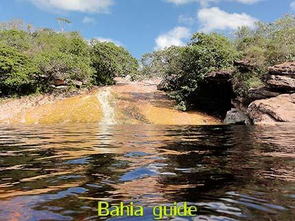 natuurlijke glijbaan Ribeirão do Meio bij Lençois, fotos Chapada Diamantina nationaal park, wandelingen & trekking met vlaamse reis-gids Ivan (die al 10 jaar in Bahia woont) voor uw rond-reis met begeleiding in het Nederlands in Brazilië / #ivanbahiabuide #ibg #bresil #brazil #brazilie #bresilessentiel #brazilessential #toursbylocals #gaytravelbrazil #fotosbahia #bahiatourism #salvadorbahiatravel #fotoschapadadiamantina #fernandobingretourguide #braziltravel #chapadadiamantinatrekking #chapadaadventure #bahiametisse #bahiaguide #lencois #diamantinamountains #diamondmountains #valedopati #patyvalley #valecapao #bahia #lençois #morropaiinacio #cirtur #chapadaadventuredaniel #chapadaroots #chapadasoul #diamantinatrip #chapadadiamantinaguide #chapadadiamantina #valedocapao #viapati #discoverbrazil #brasilienadventure #chapadadiamantinanationalpark #zentur #theculturetrip