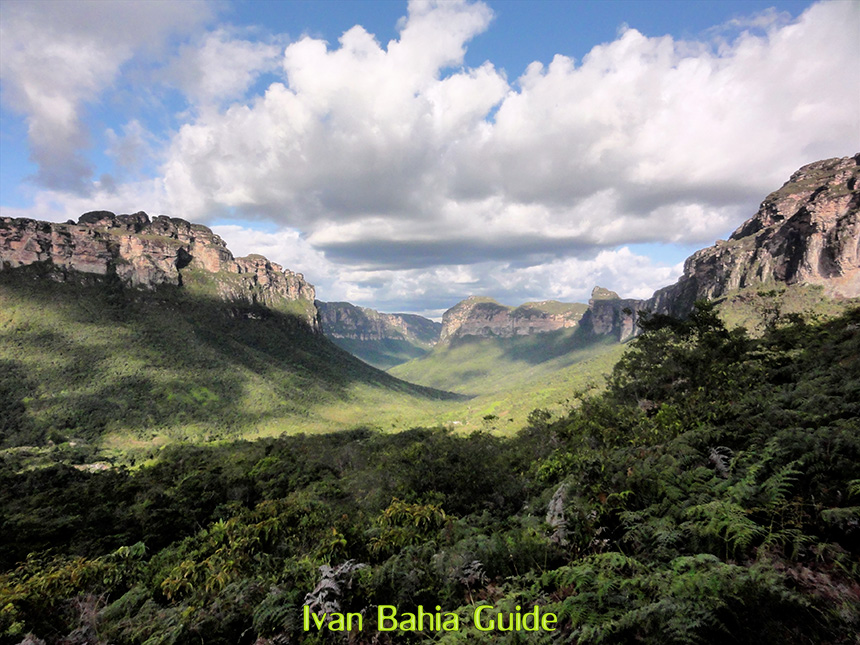 Discover Chapada Diamantina National Park in Bahia, on trekking in the Valé do Pati, with Ivan Bahia private tour-guide / travel agency, for the best experience in Salvador, Chapada Diamantina National Park and Bahia /NE-Brazil