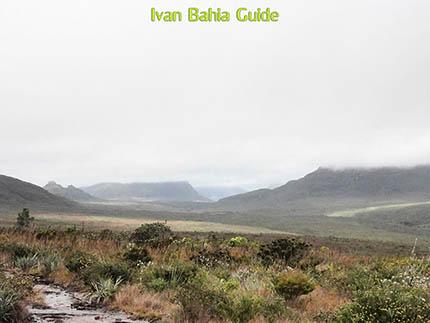 Cachoeirão watervallen, Valé do Pati, fotos Chapada Diamantina nationaal park, wandelingen & trekking met vlaamse reis-gids Ivan (die al 10 jaar in Bahia woont) voor uw rond-reis met begeleiding in het Nederlands in Brazilië