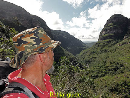 Views from trekkings and walks while visiting Brazil's Chapada Diamantiana national park / Ivan Bahia Guide, traveling in Brazil, reisgids in Brazilie,#IvanBahiaGuide,#SalvadorBahiaBrazil,#Bresil,#BresilEssentiel,#BrazilEssential,#ChapadaDiamantina,#Brazilie,#ToursByLocals,#GayTravelBrazil,#IBG,#FotosBahia,#BahiaTourism,#SalvadorBahiaTravel,#FotosChapadaDiamantina,#fernandobingretourguide,#BrazilTravel,#ChapadaDiamantinaGuide,#ChapadaDiamantinaTrekking,#Chapadaadventure,#BahiaMetisse,#BahiaGuide,#diamantinamountains,#DiamondMountains,#ValedoPati,#PatyValley,#ValeCapao,#Bahia,#Lençois,#MorroPaiInacio (ref. Brazilian Grand Canyon)