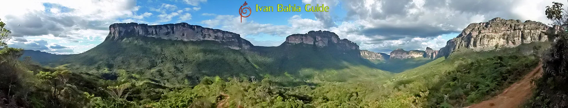 Ivan Bahia tour-guide / hiking in Chapada Diamantina National Park (aka 'the Brazilian Grand Canyon') mountain views while hiking hashtag : #ChapadaDiamantinaGuide #ChapadaDiamantina #ChapadaDiamantinaTrekking #BahiaMetisse #ToursByLocals #fernandobingretourguide #IBG #FotosBahia #DiamantinaMountains #IvanBahiaReizen #IvanChapadaDiamantinaGuide #ValeDoPati #PatiValey #ValeDoCapao #Trajano #Zentur #chapadatrekking #TrilhasDiamantina #morodopaiinacio #lencois #poçoazul #ecoturismo