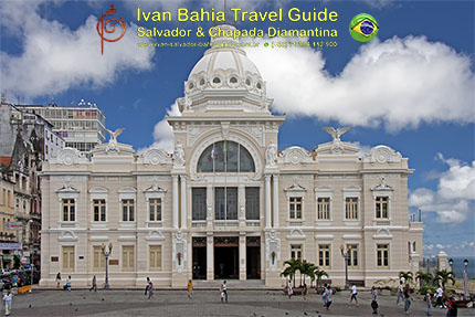 Point of views in Salvador while visiting Bahia with Ivan Salvador da Bahia & official tour guide during the Salvador, 500 years in 1 day tour, Palacio Rio Branco office of Brazil's governor Tome de Souza - Photography by Ivan Bahia Guide, traveling in Brazil, hashtag search us at #salvadorbahiabrazil #braziltravel #ivanbahiaguide #ivansalvadorguide#ToursByLocals #fernandobingretourguide @fernandobingre #gaytravelbrazil #IBG #fotosbahia #Salvador500in1 #bahiametisse #IvanBahiaGuide, #ivansalvadorbahia #salvadorbahiabravel #BahiaTourism  #BestOfSalvador #IBTG #GuideDeTourismeSalvadorBahiaBresil #yourtoursbrazil #maurotours #bahiatopturismo #transfervipsalvador #transfersalvador #bahiapremium #booktransfer #maisbahiaturismo #ibg #fernandobingretourguide #cassiturismo #brazilhoneymoon