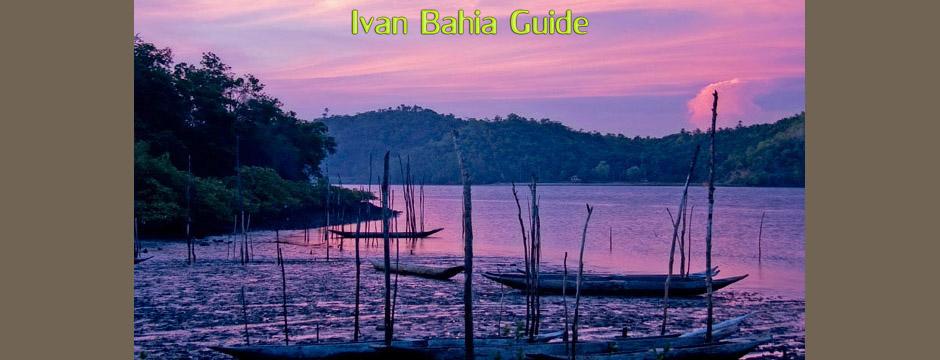 Les canoés des pecheurs, pret pour la nuit sur la rivière Paraquaçu au fond du terroir bahiannais, à découvrir avec Ivan Bahia Guide