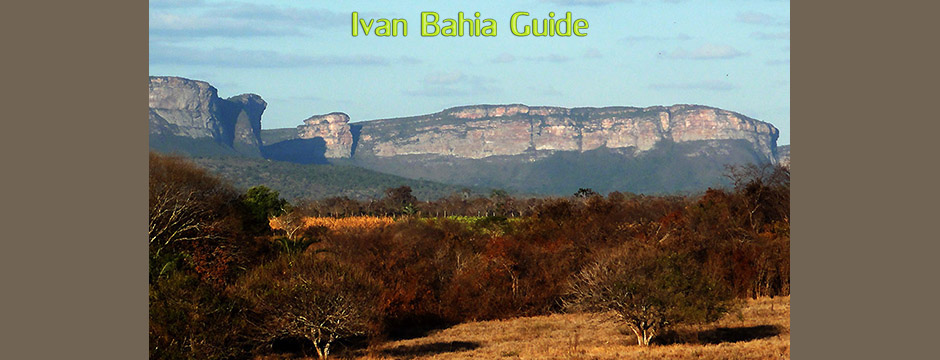 Mountain views in the cave area while visiting Chapada Diamantiana national park with Ivan Salvador da Bahia & official tour guide