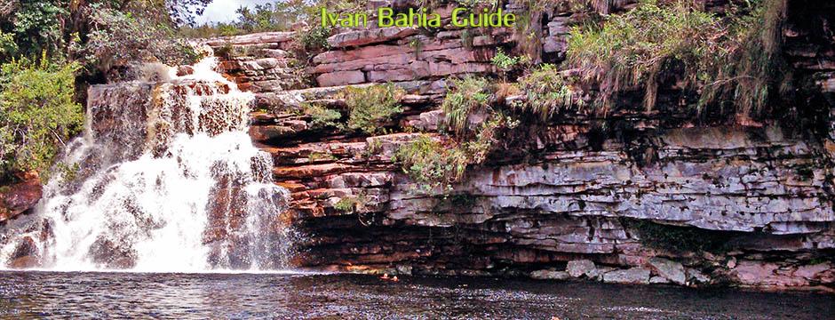 de watervallen van de Mucuzezinho-rivier, fotos Chapada Diamantina nationaal park, wandelingen & trekking met vlaamse reis-gids Ivan (die al 10 jaar in Bahia woont) voor uw rond-reis met begeleiding in het Nederlands in Brazilië - Ivan Salvador & Bahia Guide