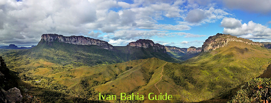 The irisistable views of the Valé do Pati with Ivan Salvador da Bahia & Chapada Diamantiana national park's official tour guide