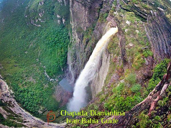 Cachoeira da Fumaça waterfall near Valé do Capao / Ivan Bahia Guide, traveling in Brazil, reisgids in Brazilie,#IvanBahiaGuide,#SalvadorBahiaBrazil,#Bresil,#BresilEssentiel,#BrazilEssential,#ChapadaDiamantina,#Brazilie,#ToursByLocals,#GayTravelBrazil,#IBG,#FotosBahia,#BahiaTourism,#SalvadorBahiaTravel,#FotosChapadaDiamantina,#fernandobingretourguide,#BrazilTravel,#ChapadaDiamantinaGuide,#ChapadaDiamantinaTrekking,#Chapadaadventure,#BahiaMetisse,#BahiaGuide,#diamantinamountains,#DiamondMountains,#ValedoPati,#PatyValley,#ValeCapao,#Bahia,#Lençois,#MorroPaiInacio