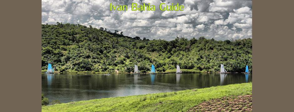 Les voiliers traditionnels Saveiro, qui sortent le matin tot sur la rivière Paraguaçu en direction de Salvador,  à découvrir avec Ivan Bahia Guide