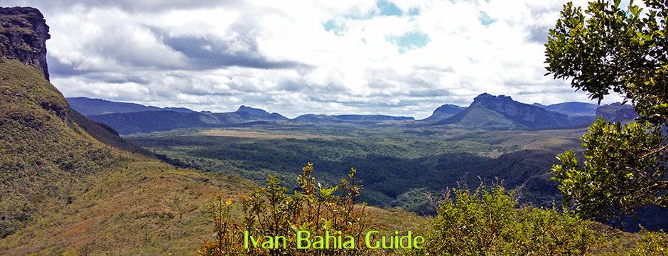 Unforgettable views in the Valé do Pati with Ivan Salvador da Bahia & Chapada Diamantiana national park's official tour guide, #FotosBahia,#ChapadaDiamantina,#ChapadaDiamantinaTrekking,#BahiaMetisse,#ToursByLocals,#DiamantinaMountains,#PatyValley,#Lençois,#ChapadaDiamantinaMountains,#IvanBahiaGuide,#nasalturas,#Chapadaadventures